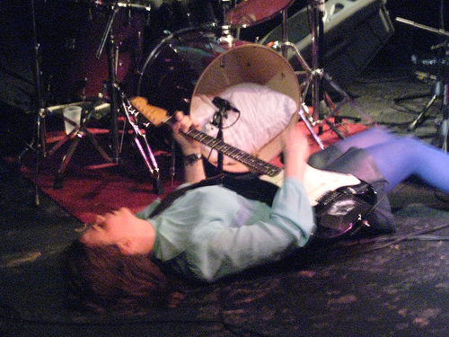 Ida Maria writhes on the floor during CMJ 2007