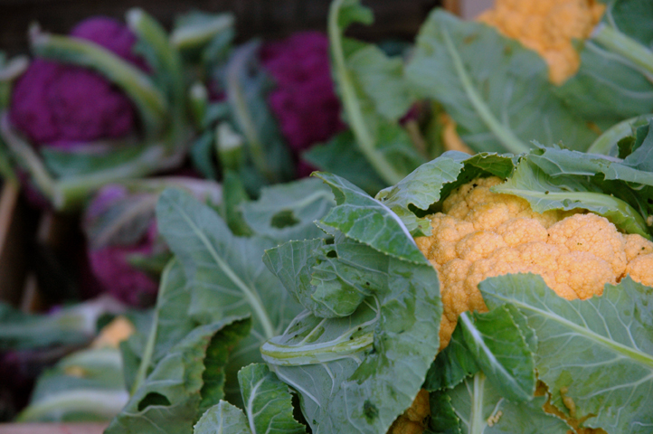 10705greenmarketrorangecauliflower